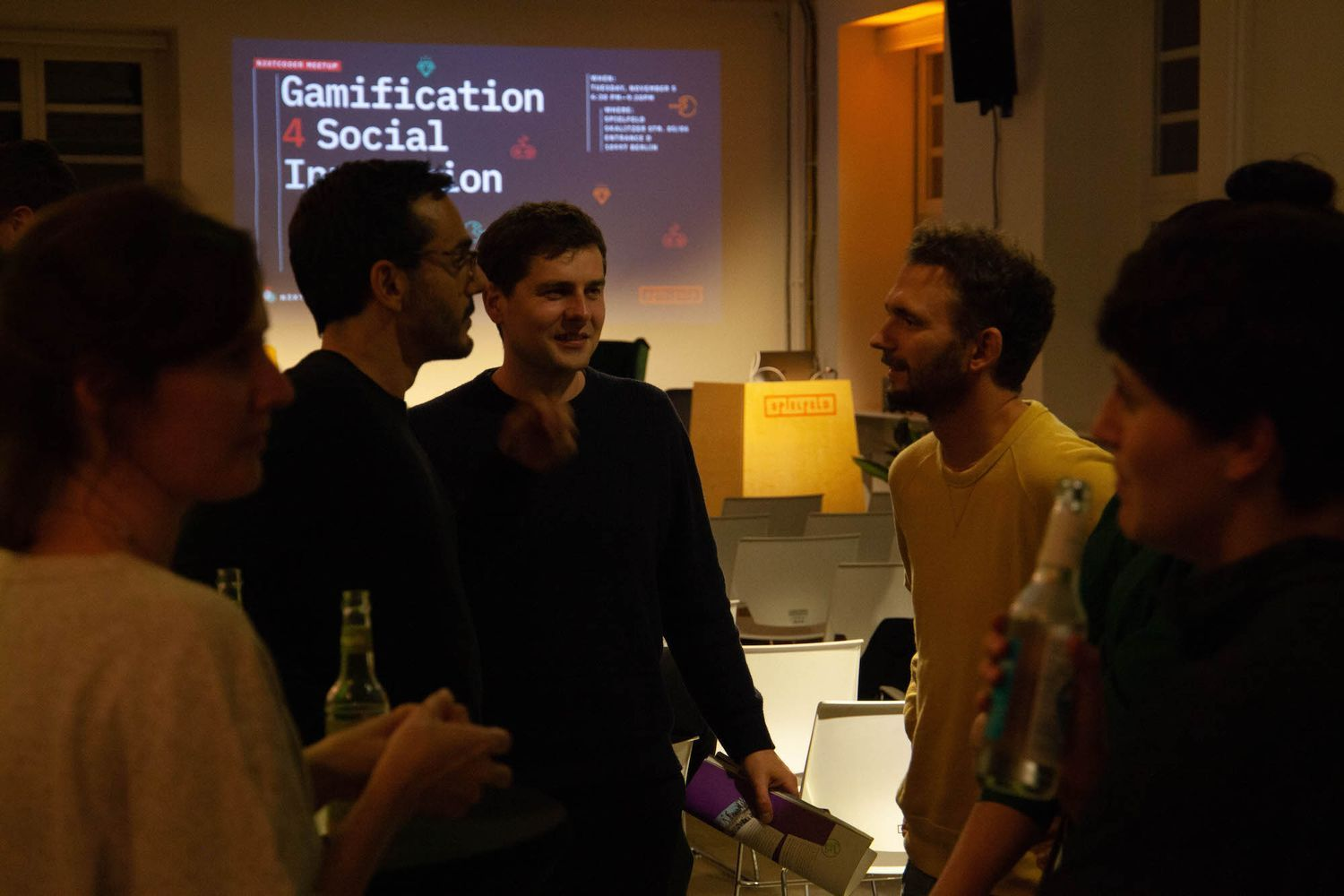 Discussions before the Gamification 4 Social Innovation meetup by N3XTCODER